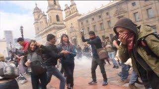 Lo que pasa en las marchas de Colombia - marcha campesina y estudiantil - 29 Agosto 2013