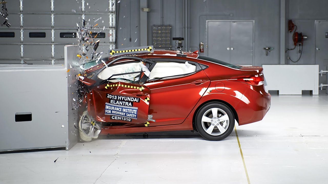 2013 Hyundai Elantra driver-side small overlap IIHS crash test
