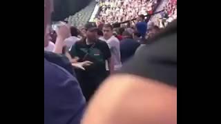 Драка фанаток на UFC 229 после боя Конор МакГрегор против Хабиба Нурмагомедова