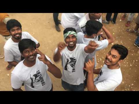 Mersal FDFS Celebrations in Bangalore | Breaking Coconuts | Pushpanjali Theatre Bangalore