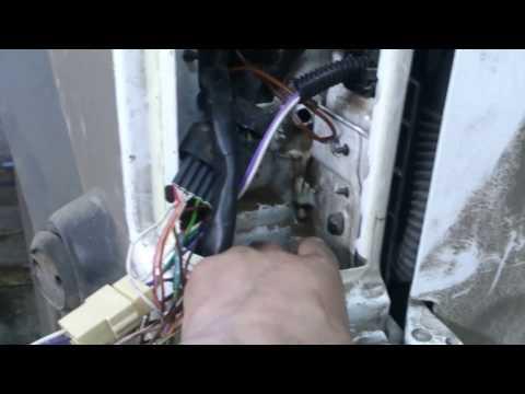 Ford Connect акб сервис Каховка установка стандартного фаркопа с розеткой для прицепа