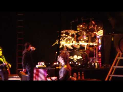 Avenged Sevenfold - Crittical Acclaim, Live In Oakland @ Oracle Arena