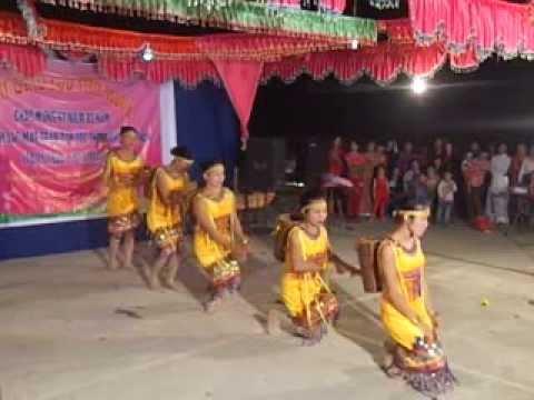 Múa: cô gái Pa Cô - phụ nữ thôn Rừng Cuông