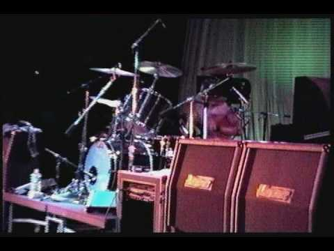 Nirvana territorial pissings live at the paramount 1991 - 3 2