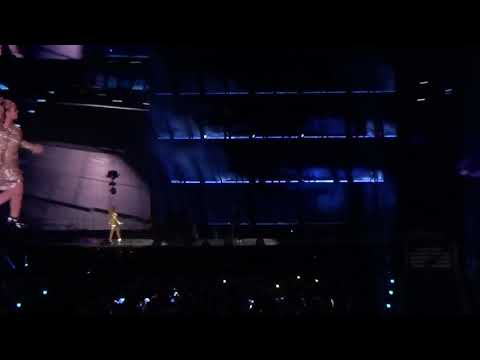 Beyonce & Jay Z  Upgrade U  ON THE RUN 2 Tour   In Manchester 130618