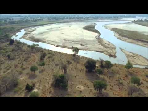 Hans Zimmer - ''The Journey-Kopano Part III'' Tears Of The Sun (2003)