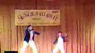 Adungada enna suththi...Dance(Little JJ with bro & sis)
