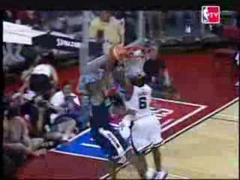Kobe Bryant Dunk Blocked By Lebron James Youtube