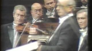 Concierto para Bandoneon, orquesta de cuerdas y percusion.