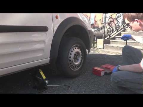 How to change Brake Pads - Ford Transit Connect/Tourneo