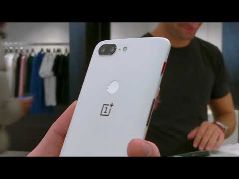 OnePlus 5T Sandstone White Limited Edition - Paris Pop-up Store