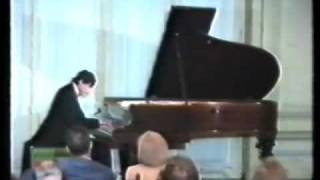 MESSULAM plays Beethoven Pathetique Sonata, 1er. mov., Grave/Allegro di molto e con brio.