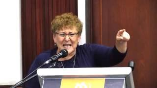 הרצאתה של מרים פרץ, דיאלוג עם אלוהים, במסגרת קבלת תואר דוקטור כבוד מבר-אילן