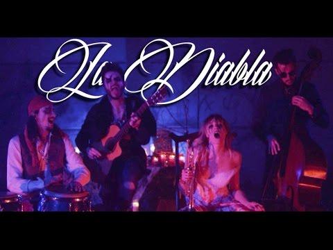 Jenny and The Mexicats - La Diabla (Videoclip Oficial)
