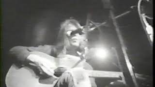Neil Young - Tell Me Why