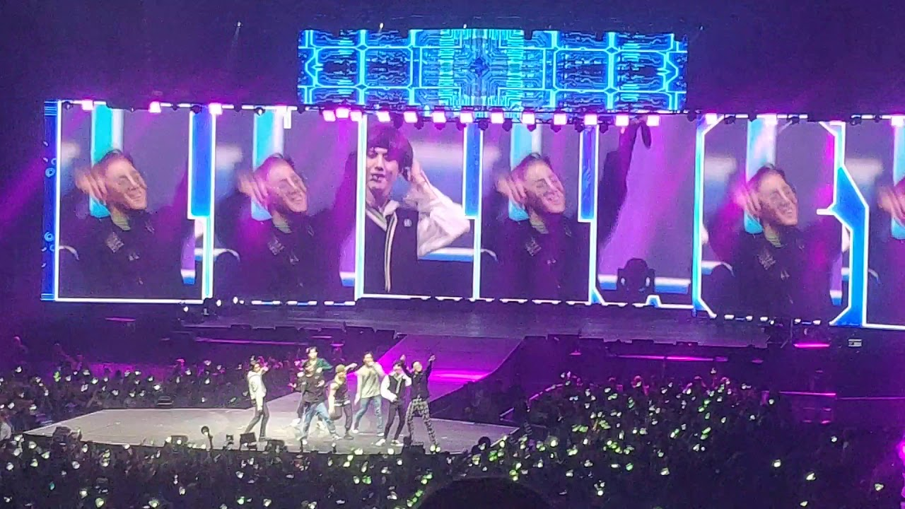 GOT7 - Lullaby live Concert in Berlin Germany Europe 2019 - YouTube