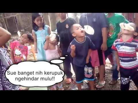 Kelakuan Anak Kecil Saat Lomba Makan Kerupuk Bikin Gemes!!