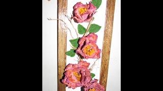Quadro decorativo com galho seco e flores de papel reciclavel com Darci Borges