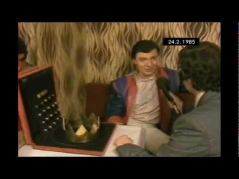 Karel Gott odstupuje ze Zlatého slavíka (1985)
