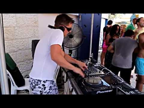 Ashley WallBridge @ Live SuperWeekend In Central Park Eilat (Israel 2013)