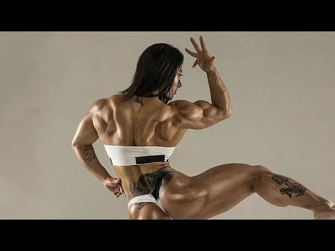 Muscle woman - Brit Gigante - Biceps workout from YouTube · Duration:  1 minutes 38 seconds