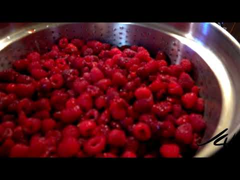How to Make Raspberry Juice with a Steamer  - Cindy's Kitchen -  YouTube