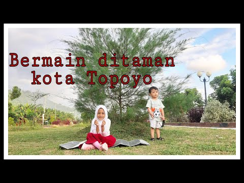 Bermain Di Taman Kota Topoyo, Mamuju Tengah Sulawesi Barat