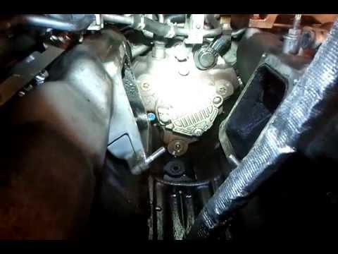 173 fuel leak video 6 6 l 403 cid v8 diesel duramax youtube. Black Bedroom Furniture Sets. Home Design Ideas