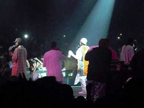 Bone Thugs performing the Weed Song