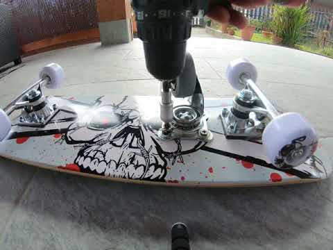 Freeboard - How to build your FreeBoard from a regular Skateboard. Fast and easy.
