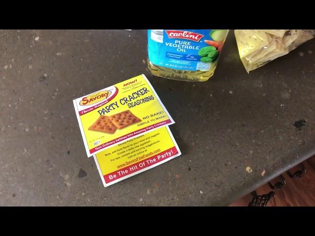 Best Seasoned Crackers Ever! (Party Seasoning Cracker Mix)