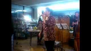 2012年5月19日(土)19:00~ 香南市赤岡町「とさを商店」にてジャズラ...
