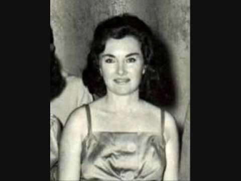 ANNA STELLA SCHIC plays VILLA LOBOS Valsa da Dor in 1977, Salle Gaveau