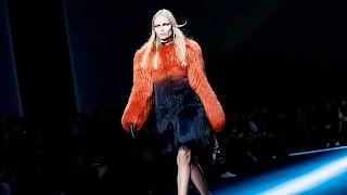 Versace | Fall Winter 2017/2018 Full Fashion Show | Exclusive