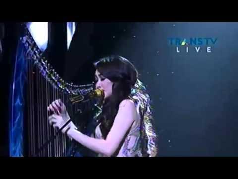 Suara Hati Seorang Kekasih (AADC) - Live Performance Angela July