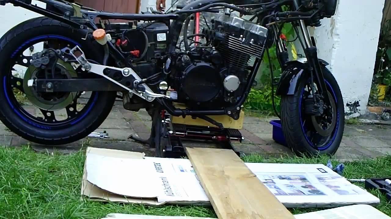 Build Cafe Racer Frame