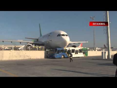 İran Uçağı Duramadı, Korkuluklara Çıktı
