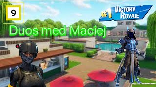 Duos with Maciej! Use code Fotballgutten321 in the Item shop! Norwegian fortnite Battle Royale!