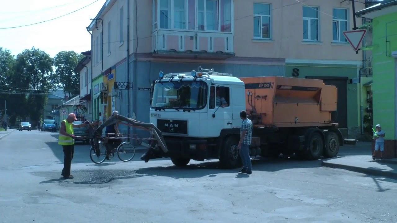 Проблему з підтопленням вулиць В.Стуса,  майдан Свободи, 22 Січня - вирішено