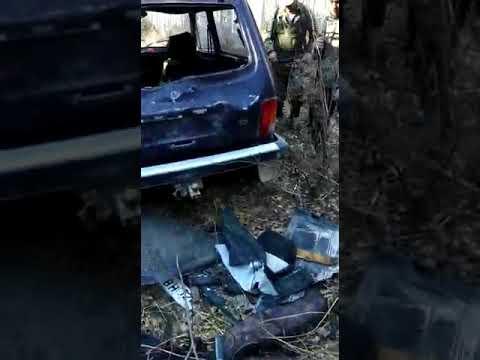 Нашли НИВУ в лесу. Медведь напал. Разбил машину. Жесть! Ужас!
