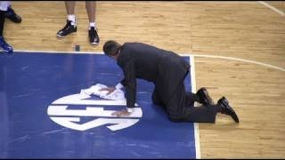 Christian Laettner cleans the floor at Rupp Arena - I Still Hate Laettner - Big Blue All-Stars