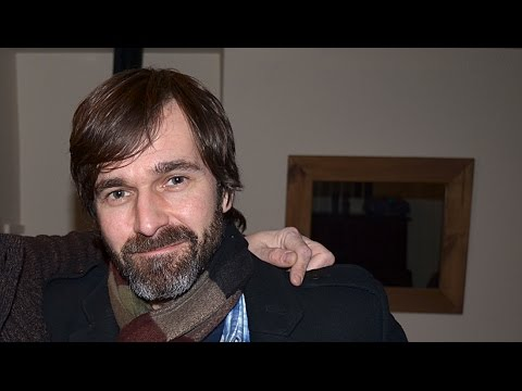 Mark Morriss from the Bluetones performing 'Stay Another Day (Comedy Version)' 6 March 2015 mp3