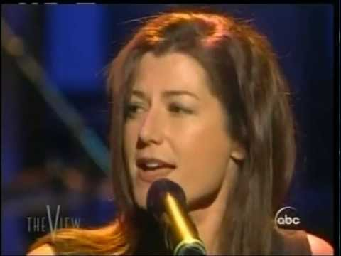 The VIEW Amy Grant sings SIMPLE THINGS 2003