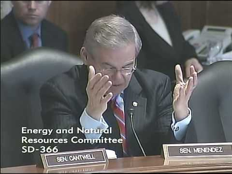 Menendez questioning Dr. Ralph Izzo at the Senate Energy Committee Hearing