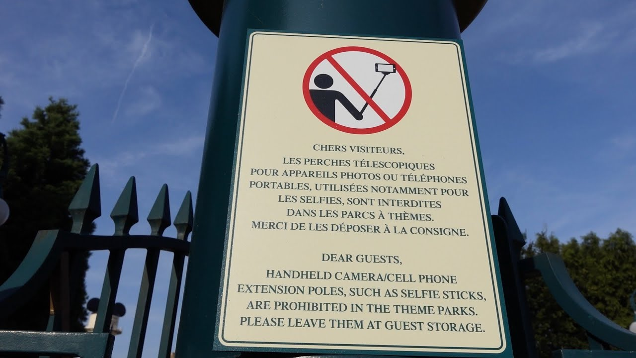selfie stick sign at disneyland paris youtube. Black Bedroom Furniture Sets. Home Design Ideas