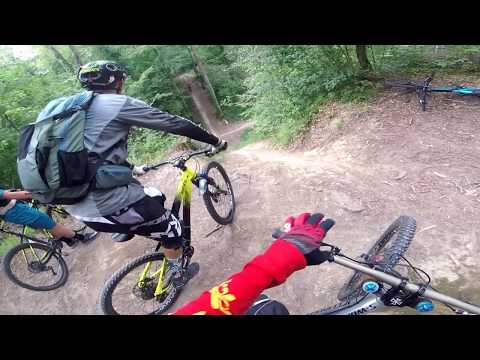 Ride séries#3//rassemblement vtt/police/angry people/crash/urban dh//