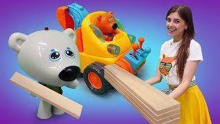 Відео про іграшки Мимимишки. Новий будиночок для лисички! Ігри в іграшки для малюків.