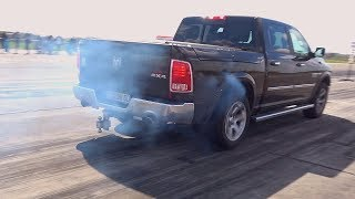 Dodge RAM 1500 5.7 Hemi DRAG RACE Acceleration & Sound