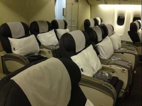 United Airlines First Class 777 200 United Airlines DEN-HN...
