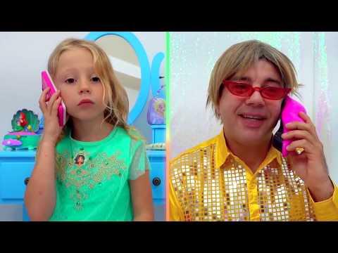 Stacy y papá tienen un salón mágico de princesas